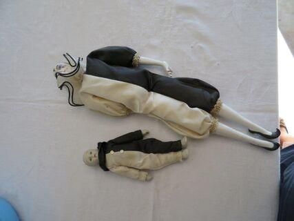 Porcelain dolls (pair)