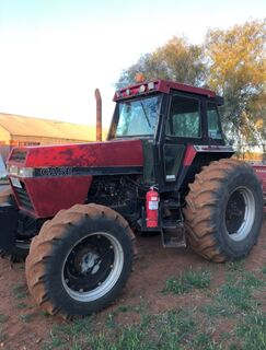 Case 2096 4WD Tractor