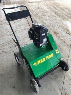 Red Roo DT220 Dethatcher