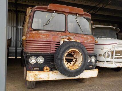 Scamall Truck
