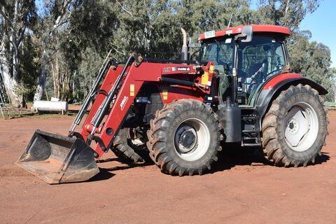 Case IH Maxxum 140X tractor