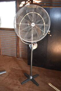 Industrial pedestal fan with mister