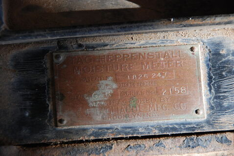 Vintage grain roller moisture meter