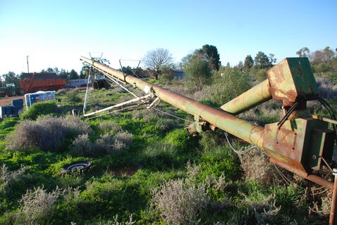 70ft swing away PTO drive auger