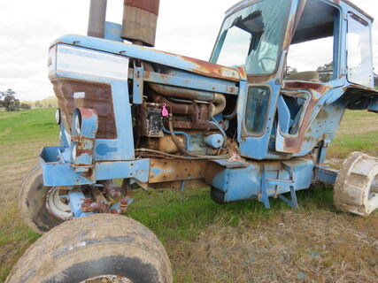 FORD TRACTOR - 9700 - PARTS - GOOD MOTOR