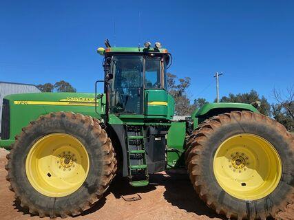John Deere 9120 Tractor
