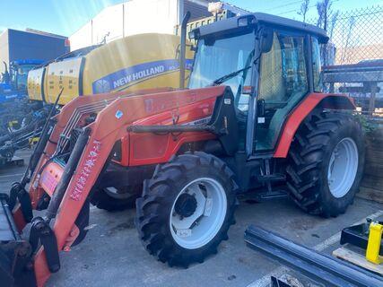 Massey Ferguson 4225 Tractor with Burder Loader