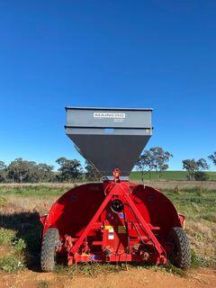 Mainero 2230 Grain Outloader