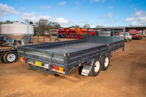 2019 Redline 900 16ftx8ft tandem trailer