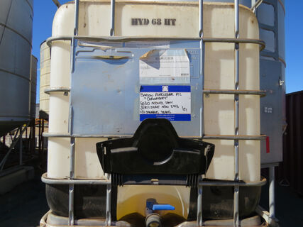Shuttle containing 100ltr (approx.) of 68 grade Hy-Lube HT ISO68 hydraulic fluid