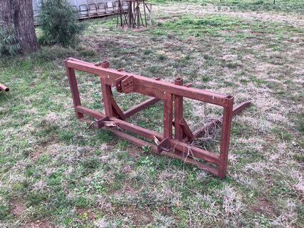 3 point linkage hay forks