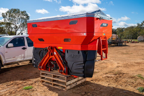 2017 Kuhn Axis 50.2 H-EMC-W 3PTL variable rate spreader