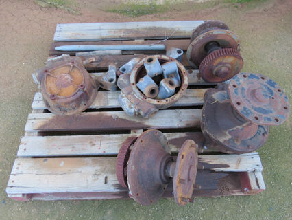 Pallet of assorted Valley gear box spare parts