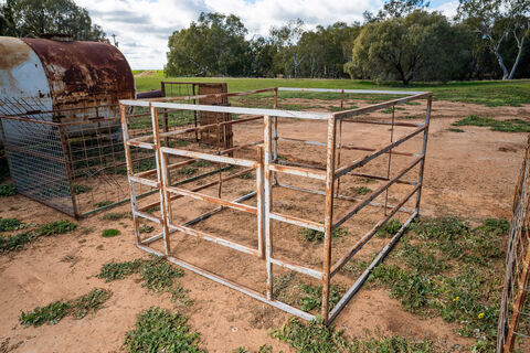 7ftx6ft stock crate suitable for a ute or trailer
