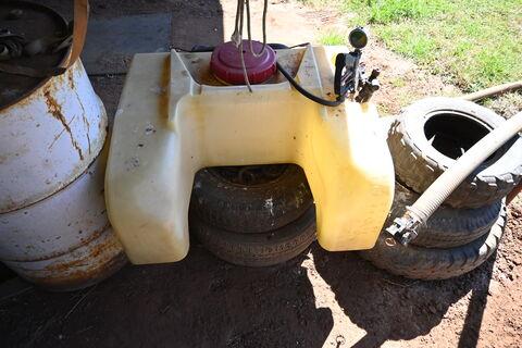 Spray tank for quad bike