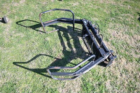 Challenge Hay grab implement