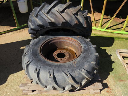 Pallet containing a rim and 14.9-24 tyre to suit a Valley irrigator,