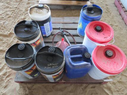 Pallet containing various gear oils, funnel, 20Ltr drum pump