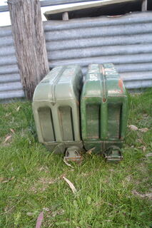 2x steel jerry cans