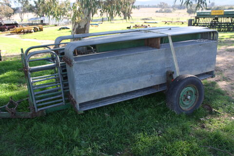 33-panel portable sheep yards