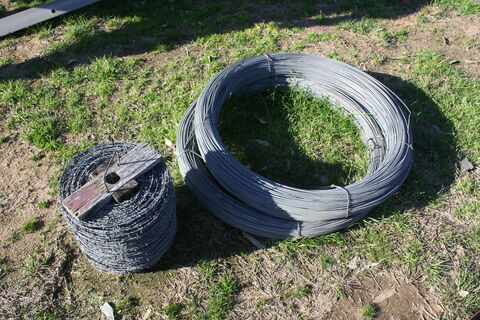 2x rolls plain wire & high tensile wire