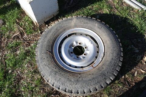 Landcruiser Tyre