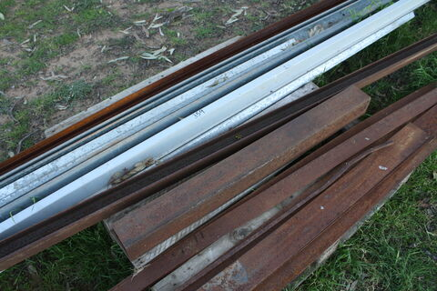 Angle and flat iron