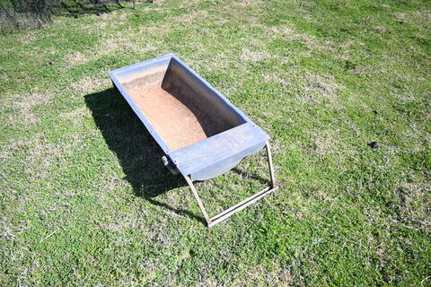 Portable water trough