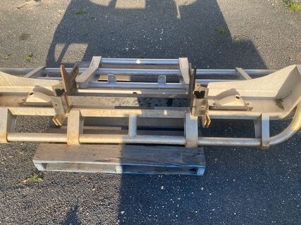 Bullbar to suit Hino or Isuzu Truck with Mounting Bracket