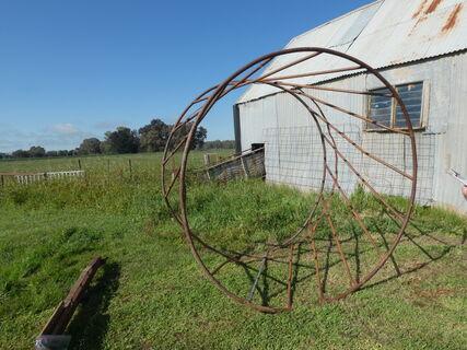 Round Hay Ring