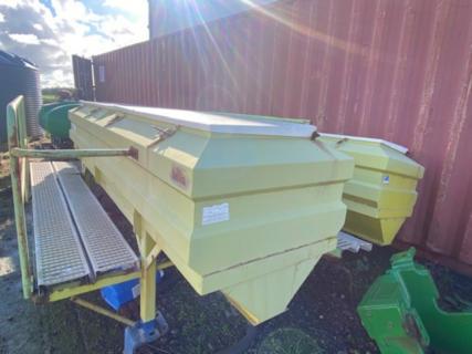Fertilizer Boxes
