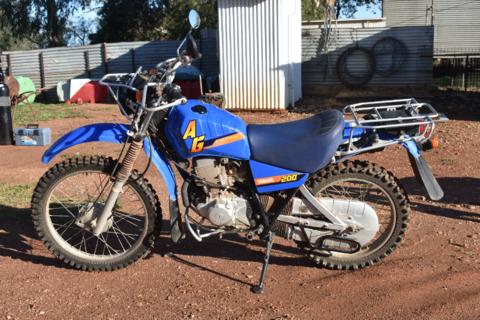 Yamaha 200 Ag bike