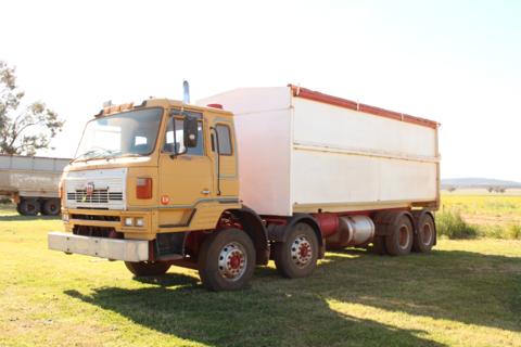U.D 84 Truck