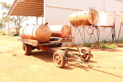 Fuel trailer