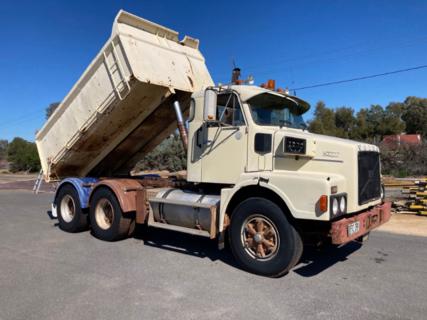 Rigid Tip Truck