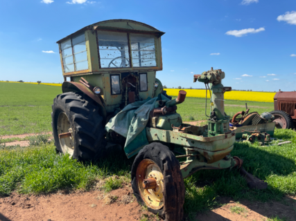John Deere 730 Tractor with Spare Parts