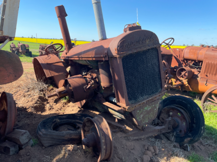 McDonald TWB Tractor - comes with wheels