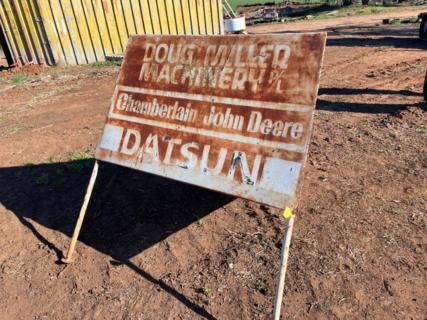 Datsun Triangular Sign