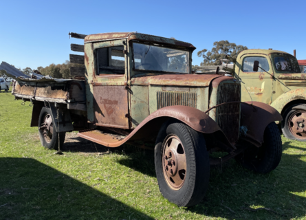 Ford Early Model Tray Truck