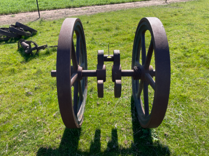 Austral Flywheels and Crank No. 3264
