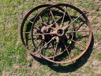 "2x 2' 2"" Wheels"