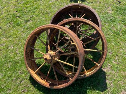 "4x 2' 4"" Wheels"
