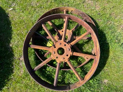 "2x 1' 11"" Wheels"