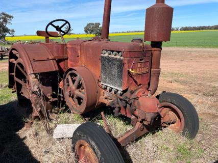 KL Bulldog Tractor