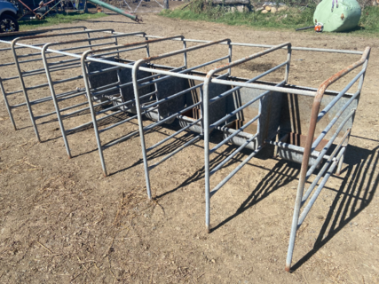 6 BALE CALF FEEDER (with rust)