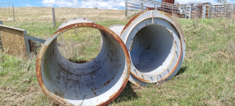 2 STEEL PIPES 1400 AND 1500 DIAMETER AND 3M LONG