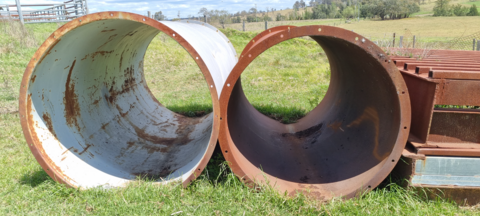 2 STEEL PIPES 1250 AND 1050 DIAMETER AND 2.2M LONG