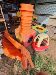 ASSORTED CHILDRENS PLAY EQUIPMENT