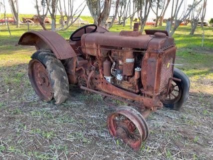 International W-30 Tractor