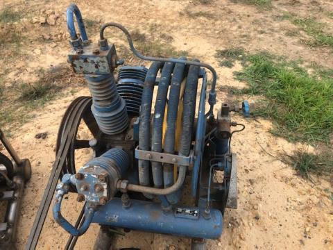 1974 Champion Compressor Unit